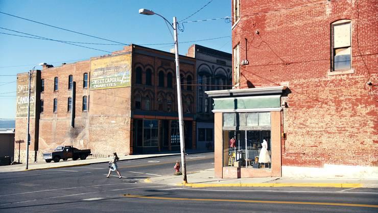 Filmstill aus «Two or Three Things I Know about Edward Hopper» von Wim Wenders, gedreht in der Stadt Butte im US-Staat Montana.