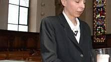 Die reformierte Pfarrerin Susanne Ziegler ist erleichtert (ju)