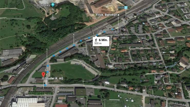 Kantonsschule in Frick: Sechs Minuten würde der Fussmarsch zum Bahnhof dauern.