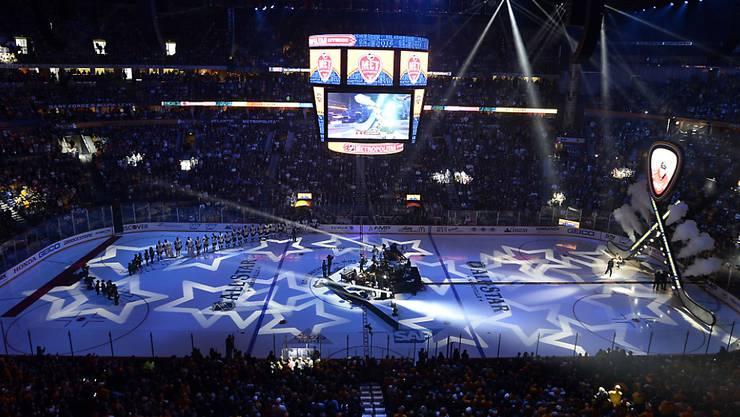 Erneut dürfen sich zwei junge Schweizer auf grosser Bühne den NHL-Scouts präsentieren