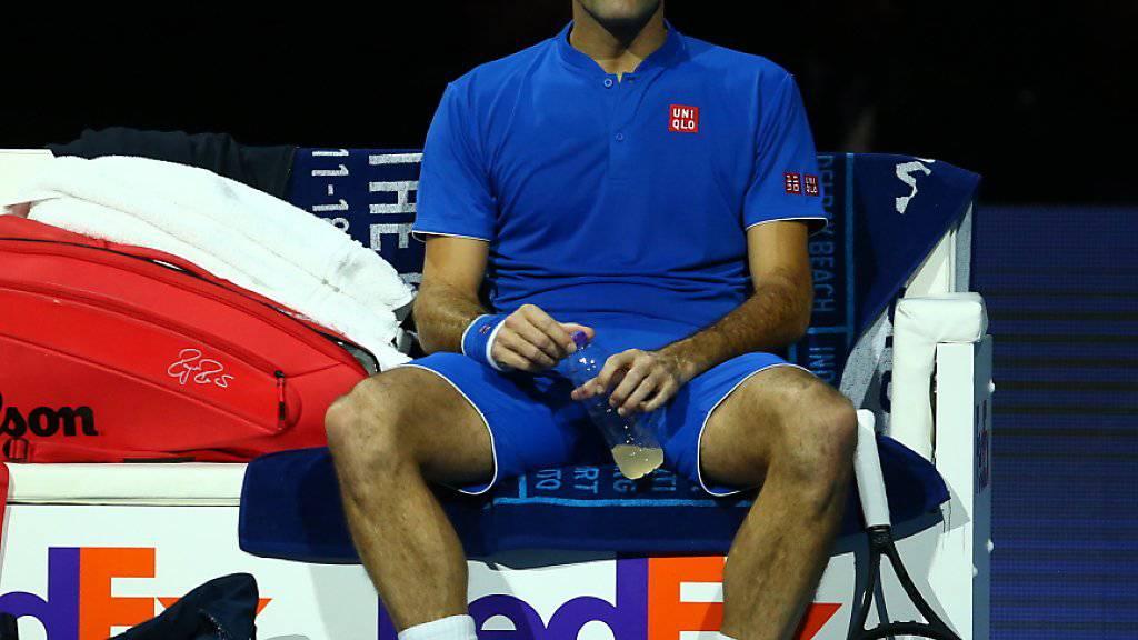 Nachdenklicher Roger Federer: In seinem zweiten Spiel an den ATP Finals muss er sich steigern, wenn er seine Halbfinal-Chancen wahren will