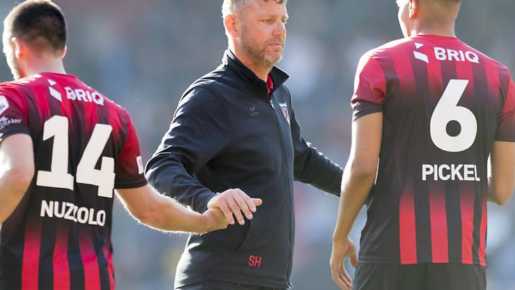 Stéphane Henchoz geht seinen Weg unbeirrt weiter, obwohl er in der neuen Saison nicht mehr Xamax-Trainer sein wird