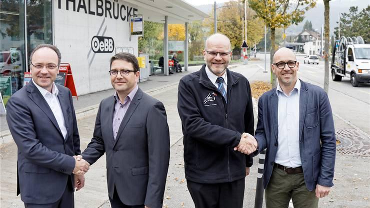 Sie sind sich einig. (V.l.) Pierino Menna, Thomas Fluri, Markus Schindelholz und Stefan Müller-Altermatt.