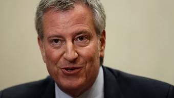 New York verklagt die Ölmultis auf Zahlungen zur Bewältigung des Klimawandels. Bürgermeister Bill De Blasio fordert Entschädigung für die bereits entstandenen hohen Kosten sowie für die künftige nötige Infrastruktur der Stadt. (Archivbild)