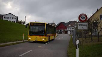 Bei einem Wegfall der S9 würde das Busangebot im Homburgertal (im Bild die BLT-Linie 108 in Wittinsburg) ausgebaut. Der Fahrplan der künftigen Buslinie 108 ist aber nicht auf die Bedürfnisse der Schüler abgestimmt.