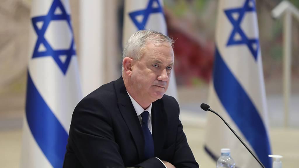 Israels Verteidigungsminister Gantz geht in Quarantäne