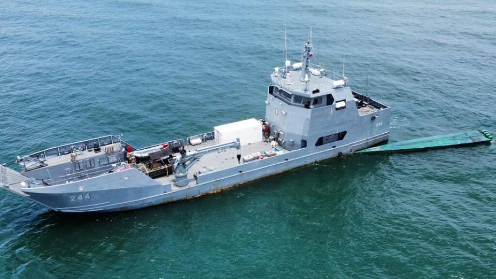HANDOUT - Ein U-Boot mit 1,8 Tonnen Kokain an Bord wird von kolumbianischen Sicherheitskräften abgefangen. Foto: ---/Armada de Colombia/dpa - ACHTUNG: Nur zur redaktionellen Verwendung und nur mit vollständiger Nennung des vorstehenden Credits