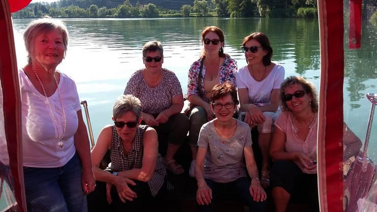 Die anwesenden Frauen des Organisationsteams auf dem Aareschiff