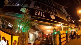 Woche für Woche tanzen Partygänger von Donnerstag bis Samstag die ganze Nacht in der Balz Bar durch. (Archiv)