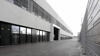 Stromausfall im modernsten Gefängnis der Schweiz: Das Aussentor habe jedoch stets verriegelt werden können, heisst es bei der JVA.