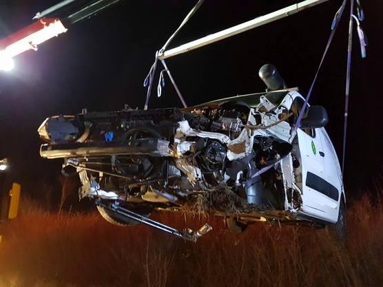 Oberentfelden AG, 19. Februar: Der 34-jährige Unfallfahrer, der unter Alkoholeinfluss fuhr, blieb unverletzt.