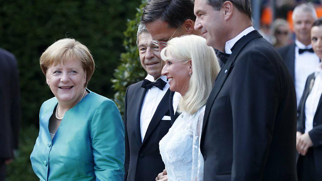 Prominente auf dem Roten Teppich in Bayreuth