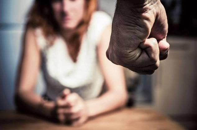 Seit dem Coron-Lockdown wurde eine Zunahme der häuslichen Gewalt festgestellt. Beim Frauenhaus Aargau/Solothurn sind mehr Anfragen eingegangen.