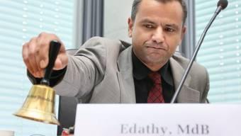 Vernehmung beginnt: NSU-Ausschussvorsitzender Sebastian Edathy