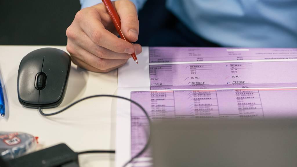 Bundesamt für Statistik: Finanzkontrolle stellt Mängel bei der Beschaffung fest