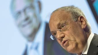 DP-Bundesrat Schneider-Ammann fehlt zunehmend die Unterstützung der anderen Parteien.