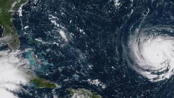 """Ein Satellitenbild der US-Klimabehörde NOAA zeigt Hurrikan """"Florence"""" vor der Ostküste der USA."""