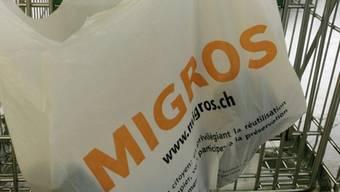 Unia kritisiert Arbeitsbedingungen bei der Migros Genf (Symbolbild)