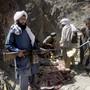 Eine Gruppe von Taliban-Kämpfern in der westafghanischen Provinz Herat (Aufnahme vom Mai 2016).