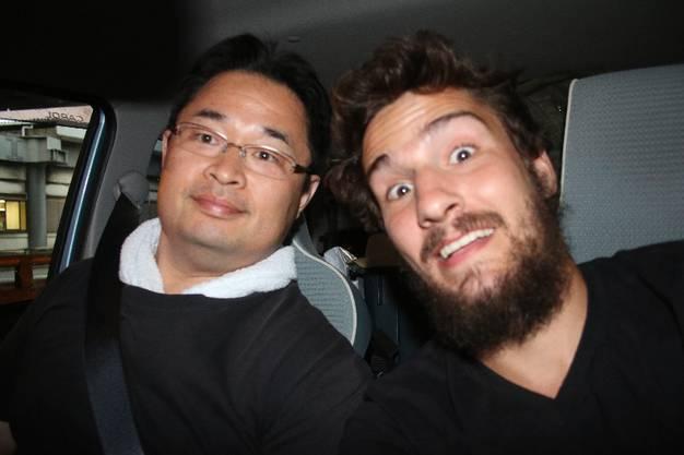 Von Onomichi nach Osaka_Mit Sigura kann ich mich deutlich besser unterhalten. Er ist mit einer Vietnamesin verheiratet und nimmt mich fast 250km weit mit