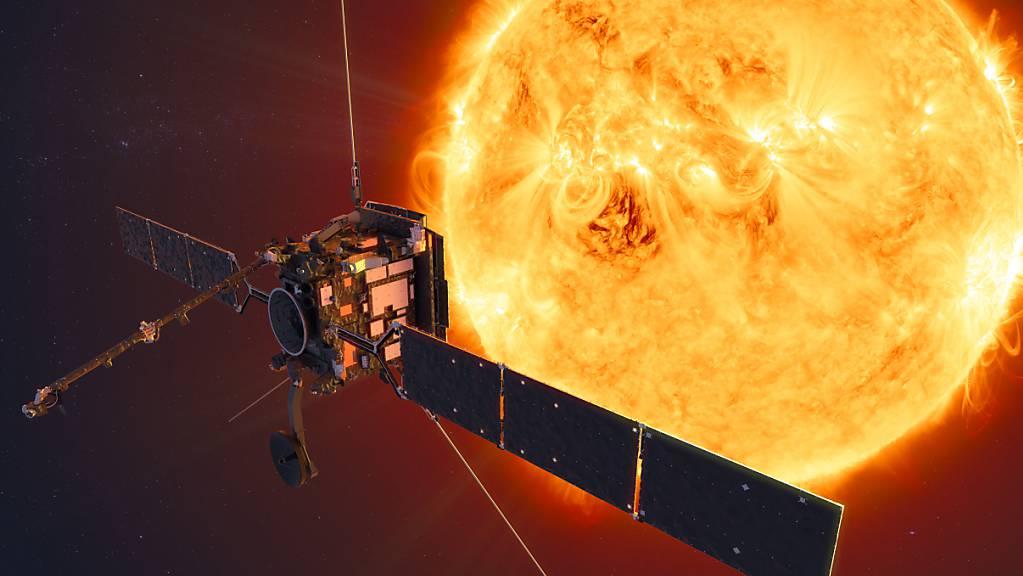Die Raumsonde «Solar Orbiter» wird die Sonne noch enger umkreisen als der Merkur, der innerste Planet unseres Sonnensystems. (Illustration)