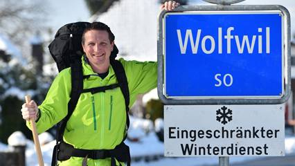 In zwei Wochen starten Simon Niggli und sein österreichischer Kollege Christoph Obmascher das 7000 Kilometer lange Abenteuer. Hier in Wolfwil hat es seinen Anfang. Bruno Kissling