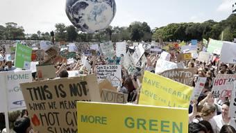 Rund um die Welt finden heute Protestaktionen gegen den Klimawandel statt.