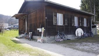 In dieser Baracke wohnen die der Gemeinde Lüterkofen-Ichertswil zugewiesenen Asylsuchenden.