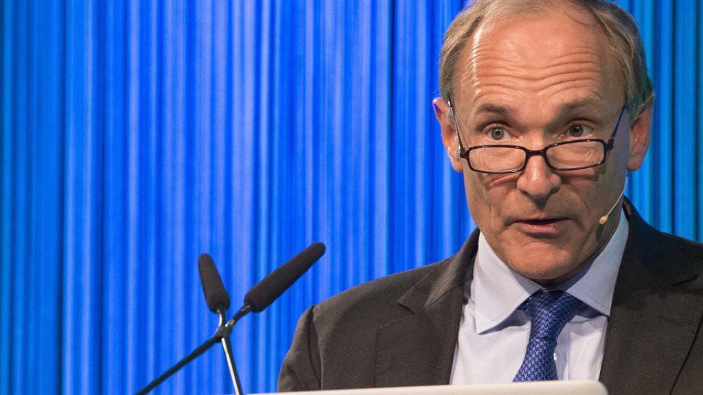 """Sir Timothy John """"Tim"""" Berners-Lee erhält am 2. Mai 2017 den zweiten Axel Springer Award. Er gilt als Erfinder des World Wide Web. (Archiv)"""