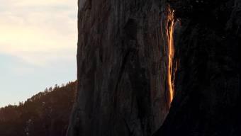 Besser als jeder Special Effect: Der magische Wasserfall im Yosemite-Nationalpark.