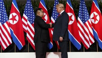 Nordkoreas Diktator Kim Jong Un freut sich auf ein zweites Gipfeltreffen mit US-Präsident Donald Trump. (Archivbild)