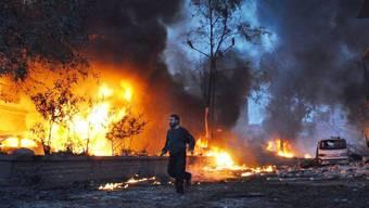 Kriegsszene vom 1. März 2014 in der syrischen Stadt Kfar Takharim
