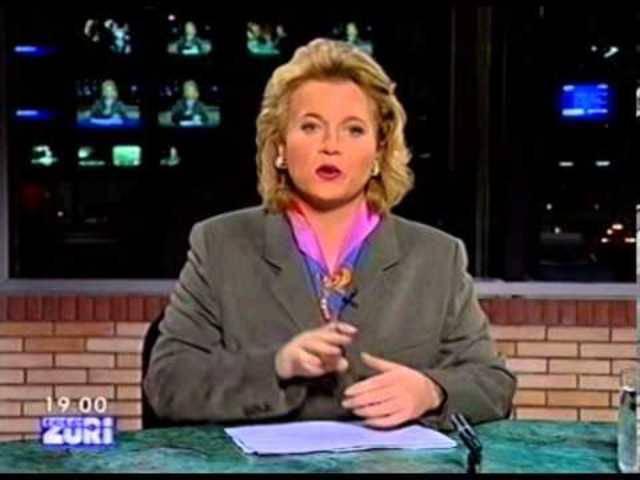 Aus dem Archiv: Die ersten Minuten der «ZüriNews» auf Tele Züri vom 4.Oktober 1995 mit Daniela Lager.