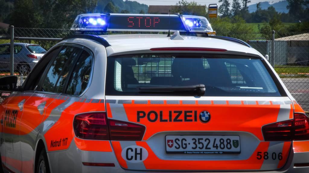 17-Jähriger flieht mit fremdem Roller vor der Polizei