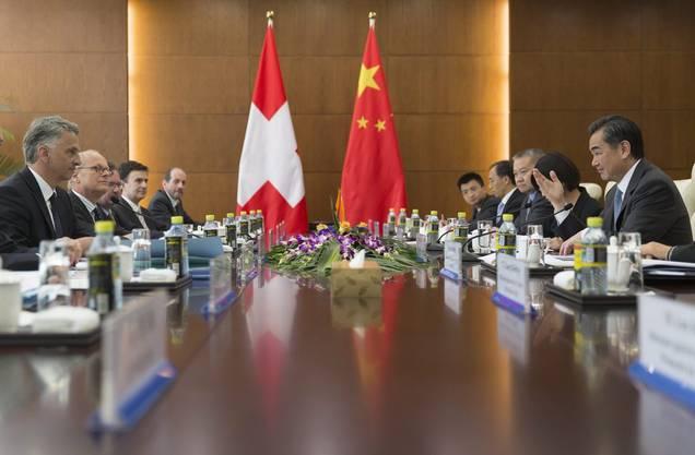 Didier Burkhalter auf einer Reise in Peking