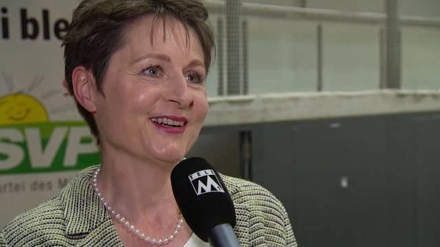 Die 51-Jährige ist Präsidentin des Bezirksgerichts Brugg. Rund drei Jahre lang sass sie im Einwohnerrat Brugg und trat noch vor Ende der Amtsperiode wieder zurück.