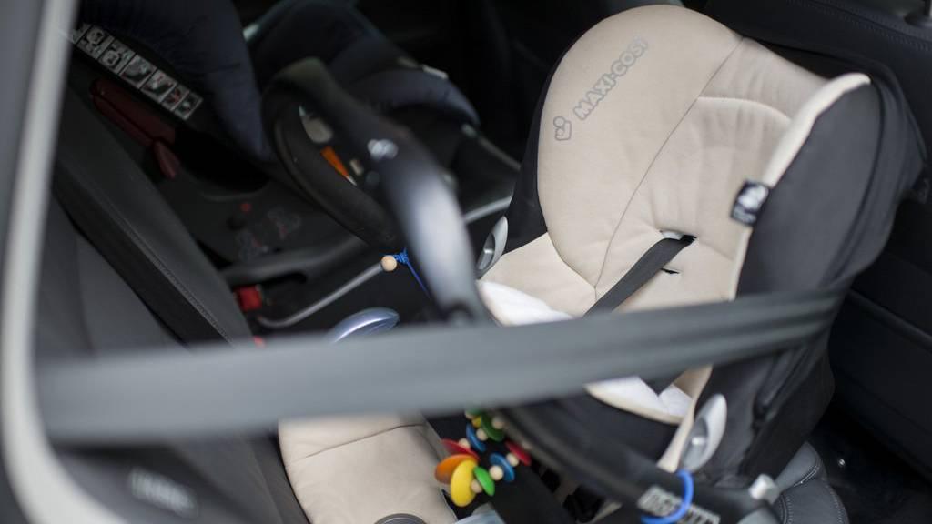 Kindersitze erhöhen die Verkehrssicherheit. (Symbolbild)