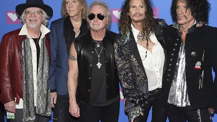 Die Rocker der Band Aerosmith sollen mit einem Hollywood-Sternchen ausgezeichnet werden. (Archivbild)