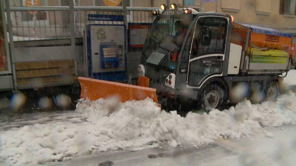 Zürich versinkt im Schnee: Diverse VBZ-Linien eingestellt oder verkehren nur teilweise