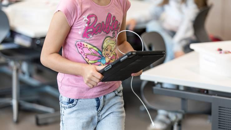 Jedem Kind ein eigenes Gerät: So lautet die Forderung des Lehrerverbands..