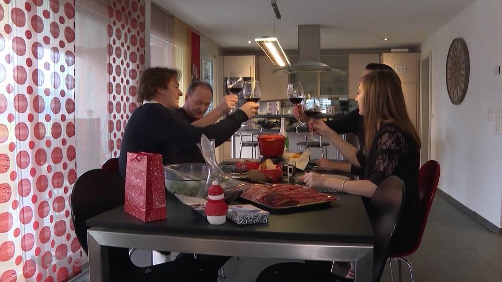 Ob Drinnen oder Draussen: So feiern Berner Familien Weihnachten