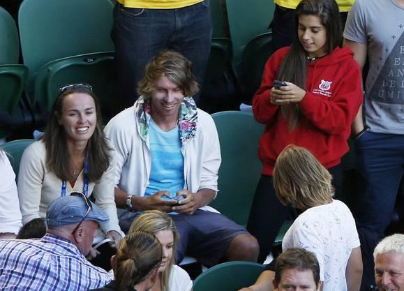 Als Zuschauer beim Australien Open Anfang 2004: die ehemalige Tennisqueen Martina Hingis mit ihrem Mann.