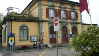 Der markante Bahnhofbau wurde von den SBB aufwändig saniert. (ach)