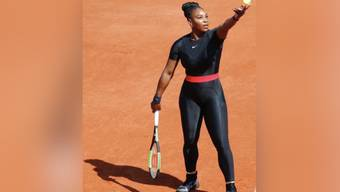 Rückkehr als Superheldin: Die amerikanische Tennisspielerin stand am Dienstag nach 14-monatiger Babypause wieder auf dem Platz. Mit einem Outfit, das für mehr als nur ein Kleidungsstück steht.