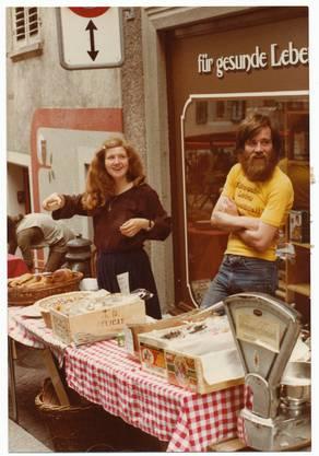 In den 1970er-Jahren eröffnete Felix Bugmann (r.) das «Haldelädeli» in Baden.
