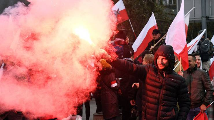 Teilnehmer des Aufmarsches in Warschau