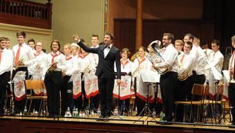 Das Publikum dankte der A-Band und ihrem Leiter Tristan Uth mit einer stehenden Ovation.