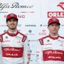 Bleiben beide bei Alfa Romeo: der Italiener Antonio Giovinazzi (links) und der Finne Kimi Räikkönen