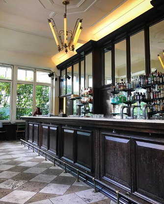 Das Konzept des Quartetts sieht eine Café-Bar nach italienischem Vorbild vor; Espresso, Antipasti, hausgemachte Pastagerichte und Dolci von Cannoli bis Tiramisù spielen gemäss Mitteilung die kulinarische Hauptrolle.