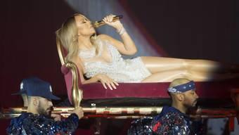Sängerin Mariah Carey bei einem Auftritt im schottischen Glasgow: Nach den Anschläge von Brüssel sagte Carey ein für Sonntag geplantes Konzern in der belgischen Hauptstadt ab. (Archivbild)